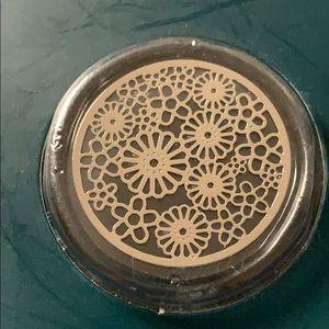 NWT locket plate charm flowers